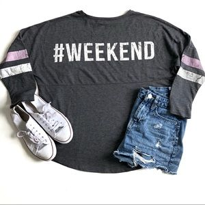 ABOUT A GIRL #WEEKEND GRAPHIC TOP